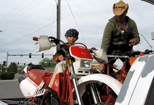 a-Slideshow-WY-off-road-motorcycle