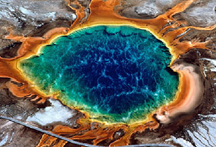a-Slideshow-WY-yellowstone-hot-pots